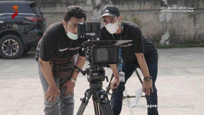Jasa-Video-Company-Profile-PT.-Larassanti-Makmur-Sejahtera-3